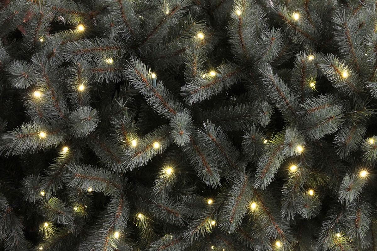 Konstgjord julgran på HORNBACH