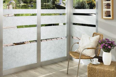Köp fönsterfilm och insynsskydd för fönster på HORNBACH.se